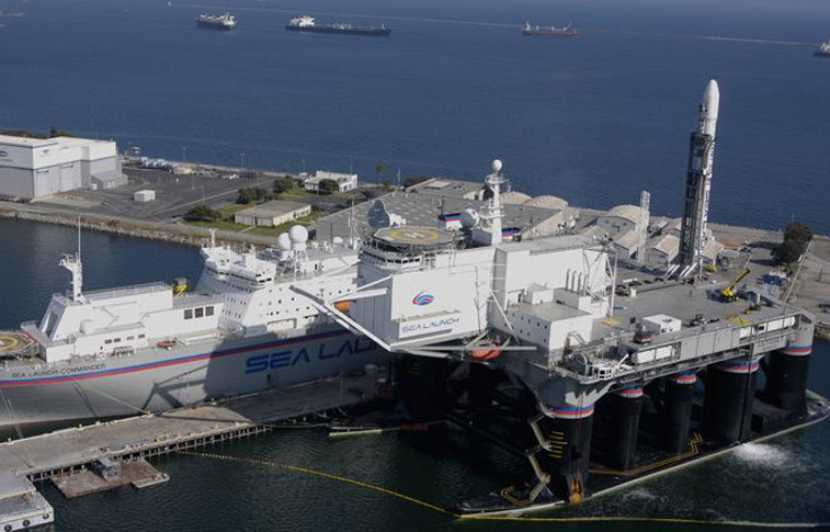 Sea Launch Commander ship and Odyssey platform. Credit: Sea Launch