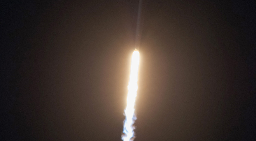 Falcon 9 launching SES-8. Credit: SpaceX