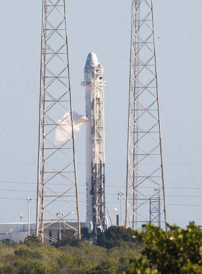 NASA Taps ULA, SpaceX for Earth Science Launches - SpaceNews com