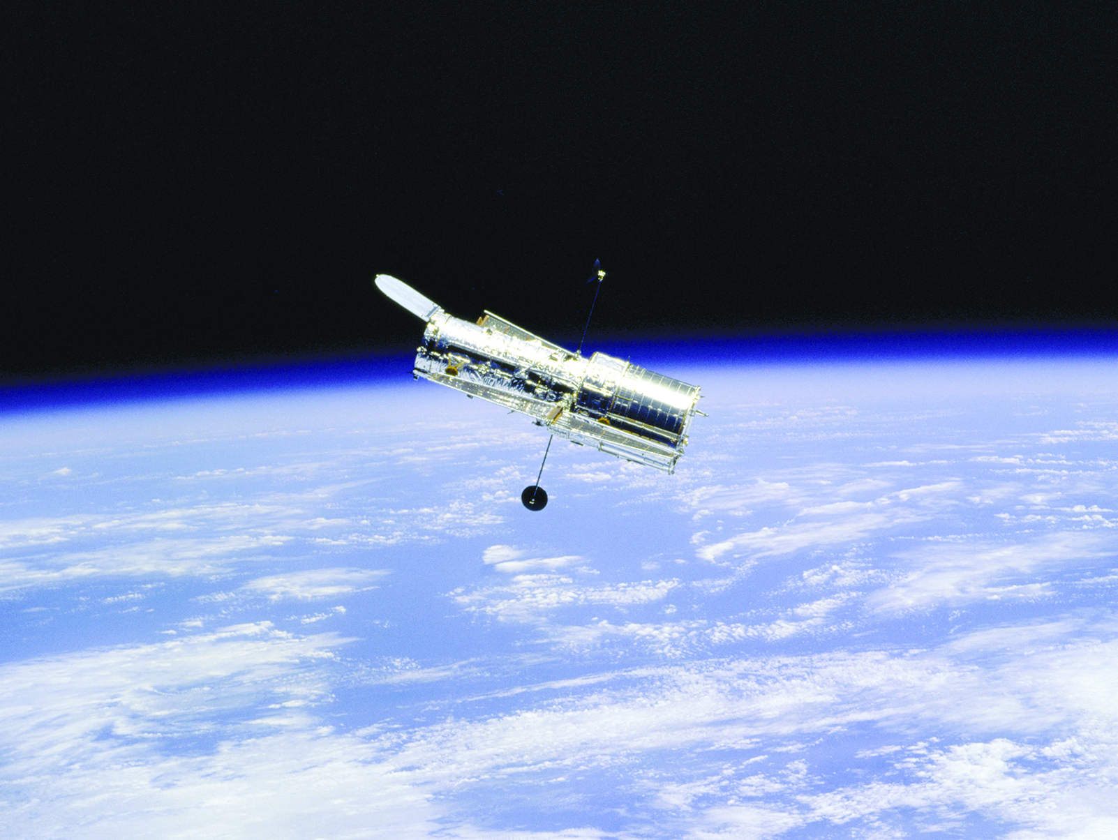 Hubble Spy Satellite (page 3) - Pics about space