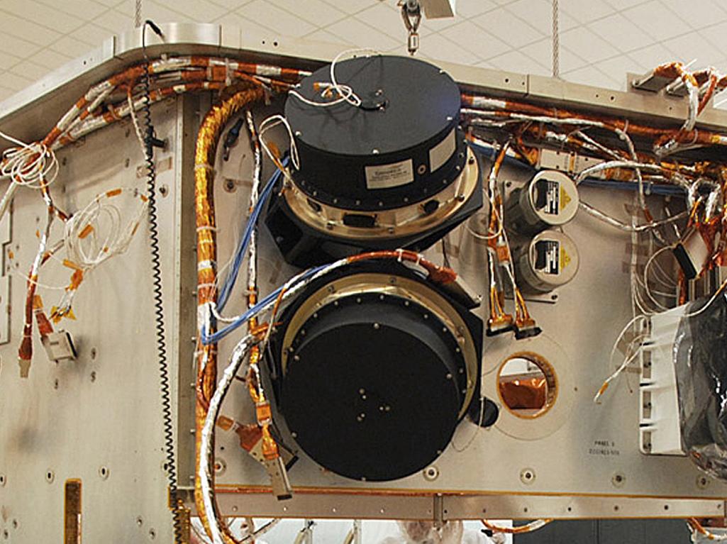 spacecraft reaction wheels - photo #3