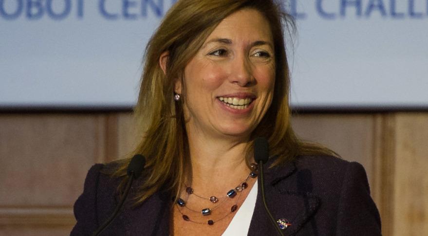Lori Garver