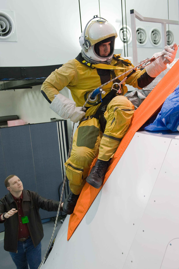 Orion Capsule Passes NASA Safety Milestone - SpaceNews.com