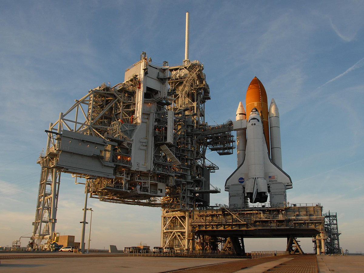 SpaceX Changes Tune on Lease Terms for Shuttle Pad ...