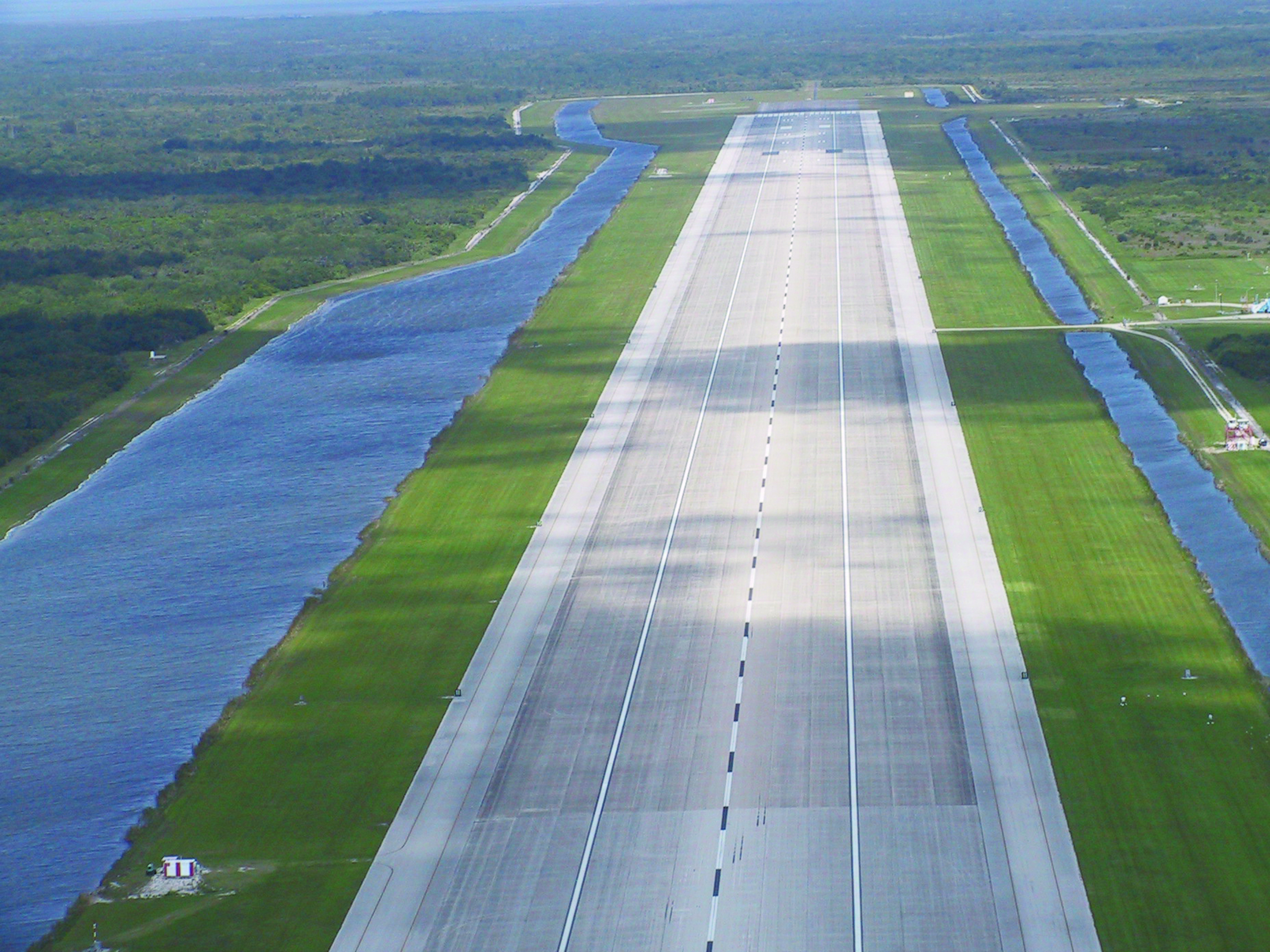 space shuttle runway - photo #2
