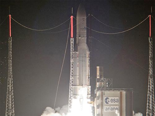 Skynet5D_Arianespace4X3.jpg