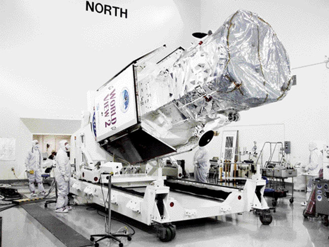 DigitalGlobe Says WorldView Operational After Debris Causing - Worldview 2 satellite