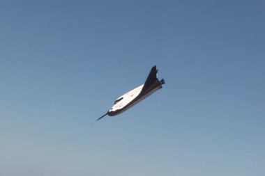SNC's entry for NASA's CCtCap award, Dream Chaser. Credit: SNC video capture