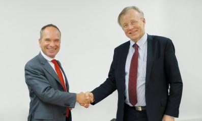 Urs Breitmeier, CEO RUAG, and Heikki Allonen, CEO Patria. Credit: Ruag