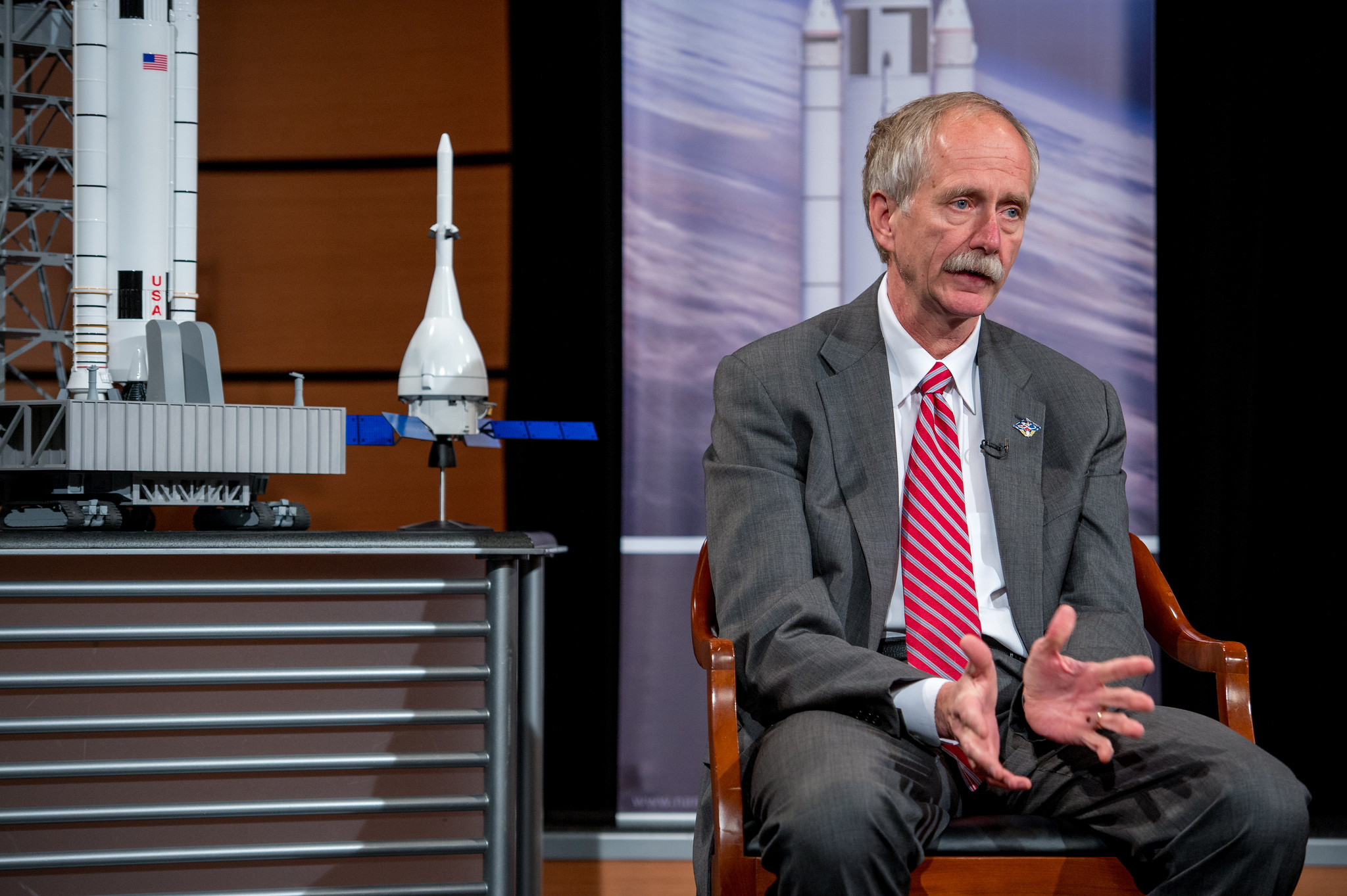 nasa not ready to update mars mission architecture william gerstenmaier nasa associate administrator for human exploration and operations gestures while speaking at