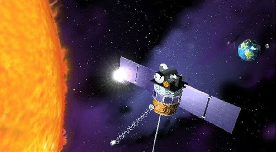 nasa satellite to the sun - 879×485