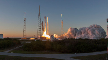 A Falcon 9 rocket lifting off Feb. 11 on the second of more than a dozen launches planned for 2015. Credit: SpaceX