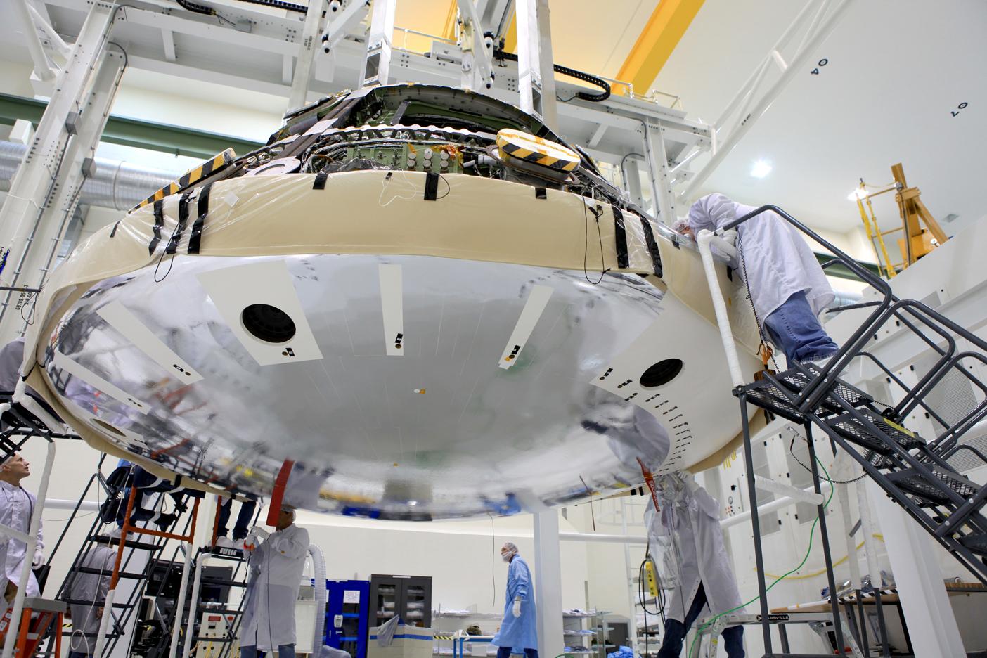 Lockheed Pressing to Simplify Orion Heat Shield