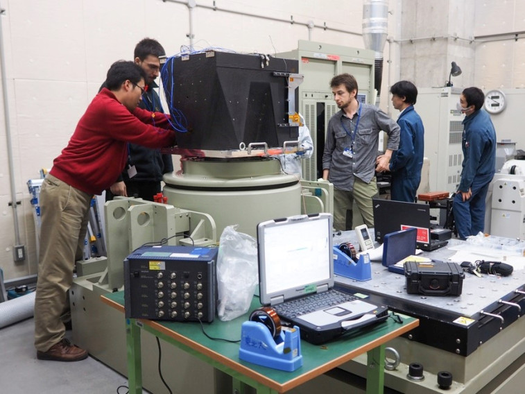 Team Hakuto vibration tests