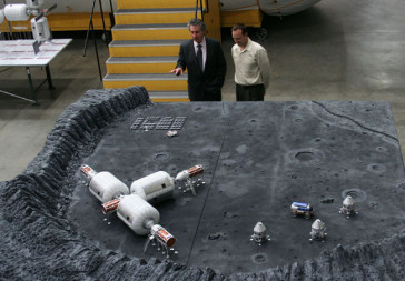 Bigelow Aerospace lunar base