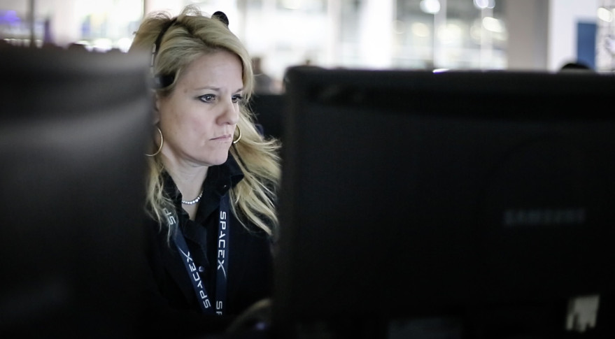 SpaceX President and COO Gwynne Shotwell at SpaceX's mission control center. Credit: SpaceX