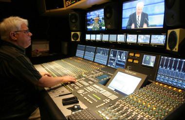 TV broadcast console
