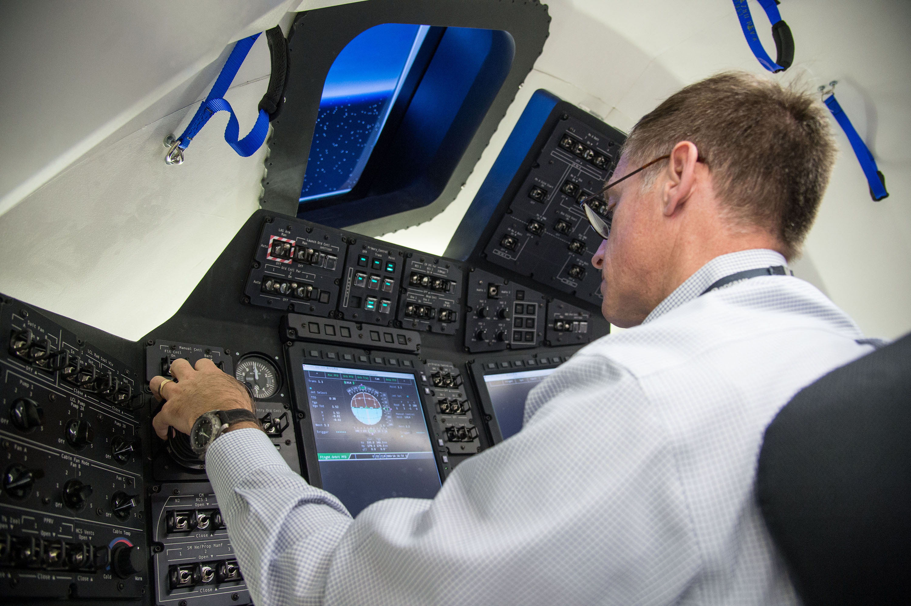 boeing spacecraft cockpits-#main