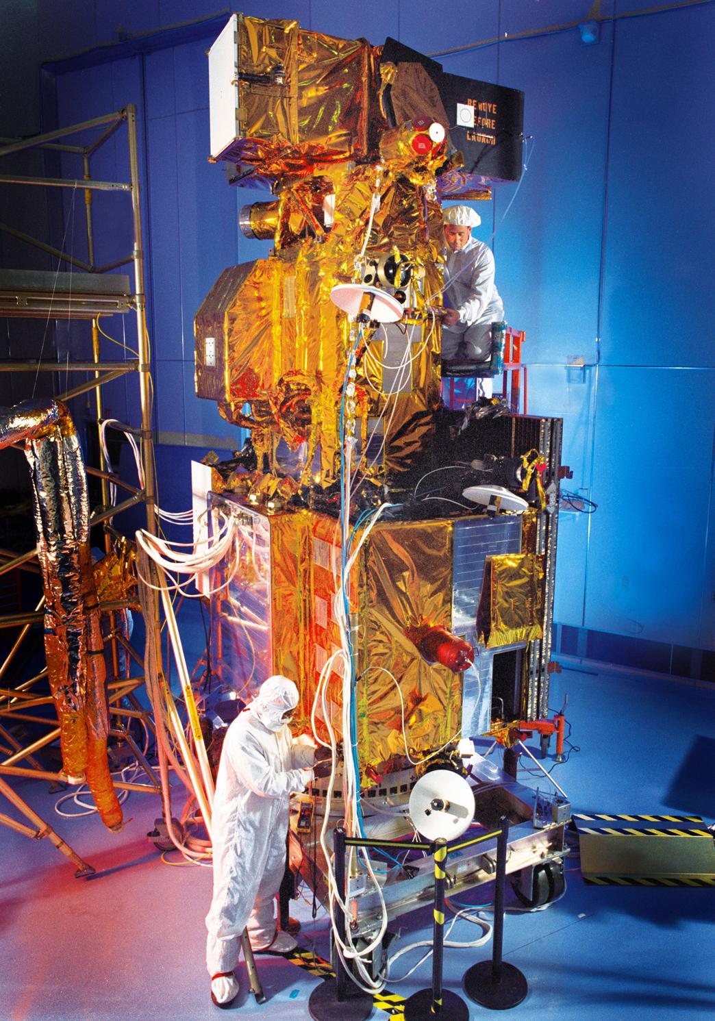 Landsat7-Lockheed_Martin - SpaceNews com