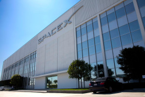 SpaceX laying off 10 percent
