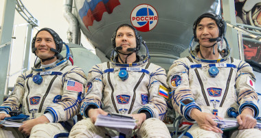 NASA astronaut Kjell Lindgren, left, Russian cosmonaut Oleg Kononenko, center, and Japan Aerospace Exploration Agency astronaut Kimiya Yui participate in the second day of qualification exams  May 7 at the Gagarin Cosmonaut Training Center in Star City, Russia. The Expedition 44/45 trio is preparing for launch to the ISS in their Soyuz TMA-17M spacecraft . Credit: NASA/Bill Ingalls