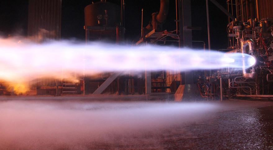 BE-4 engine test