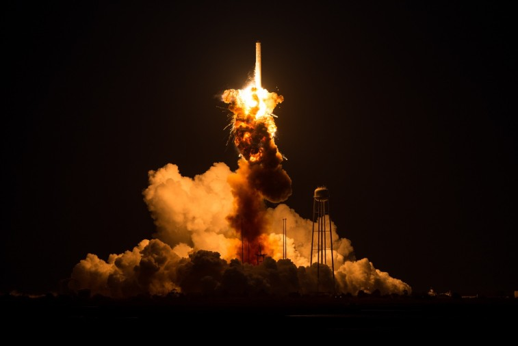 Antares Orb-3 explosion