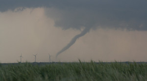 One of many tornadoes spawned during a massive outbreak stretching from eastern Colorado to Oklahoma in May 2008. Credit: NOAA/NSSL/Sean Waugh