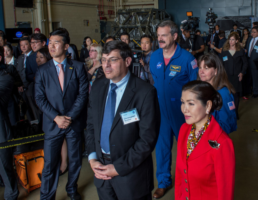 As part of her visit to the United States, President Park Geun-hye of South Korea visited NASA's Goddard Space Flight Center in Greenbelt, Md. on Oct. 14, 2015. The visit offered an opportunity to celebrate past collaborative efforts between the American and South Korean space programs along with presentations on current projects and programs underway at Goddard. Credit: NASA/Goddard/Bill Hrybyk