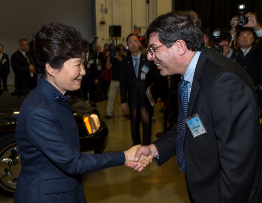 President Park Geun-hye of South Korea is greeted by Center Director Christopher Scolese upon her arrival to Goddard Space Flight Center on Oct. 14, 2015. Joining in the welcoming were NASA Astronauts Scott Altman and Cady Coleman along with Mrs. Yumi Hogan, First Lady of Maryland. Credit: NASA/Goddard/Bill Hrybyk