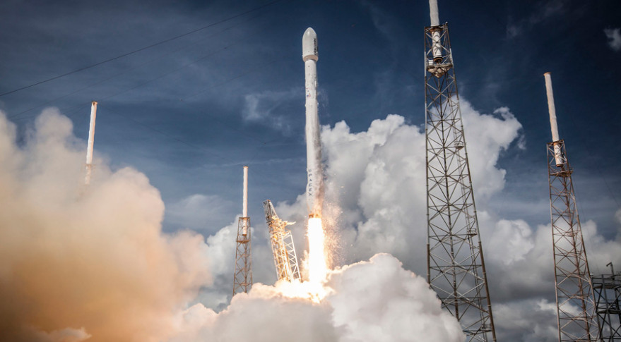 SpaceX's Falcon 9 rocket launched the Orbcomm OG2 Mission 1 from Cape Canaveral, Florida, on July 14, 2014. Credit: SpaceX