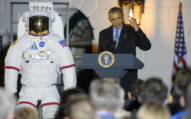 U.S. President Barack Obama delivers remarks at the White House astronomy night in October (NASA/Joel Kowsky).