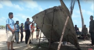 Japanese rocket maker Mitsubishi Heavy Industries says the large piece of debris that washed up in Thailand appears to be from one of its H-2 rockets, not a missing Malaysian airliner. Credit: Khaosod TV video capture