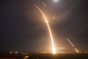 The Falcon 9's launch, re-entry and landing burns can be seen in this long-exposure photograph of SpaceX's Dec. 22 mission, which  launched 11 Orbcomm satellites and demonstrated the landing of the Falcon 9's first stage. Credit: SpaceX