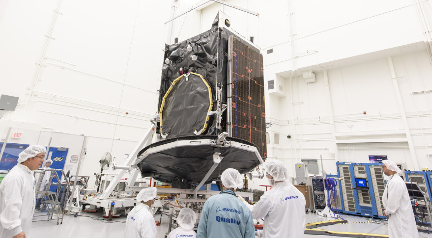 WEST REFLECTOR~FULL MOTION DEPLOYMENT~AND CRITICAL AREAS