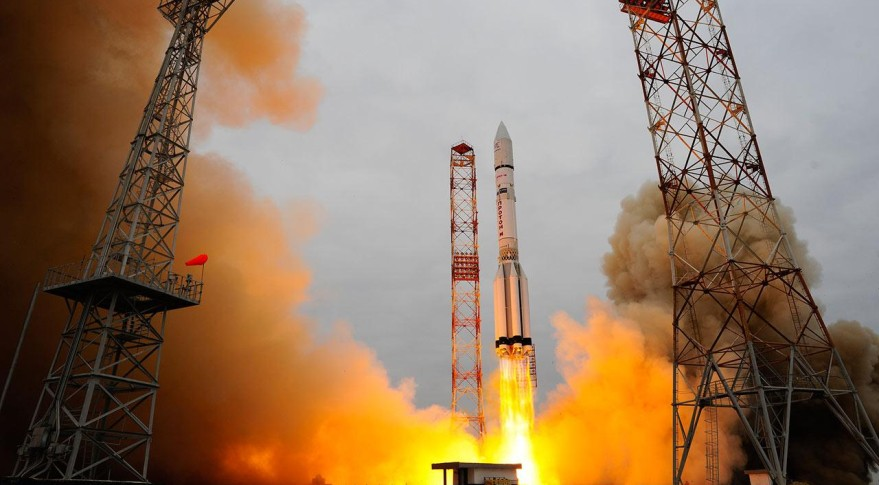 Proton launch image