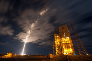 Atlas 5/Cygnus launch photo