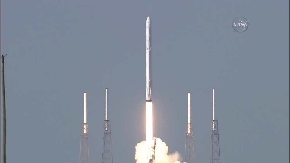 Falcon 9 CRS-8 launch