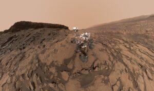 """Mars Curiosity """"self-portrait"""" from September 2016. Credit: NASA/JPL-Caltech/MSSS"""