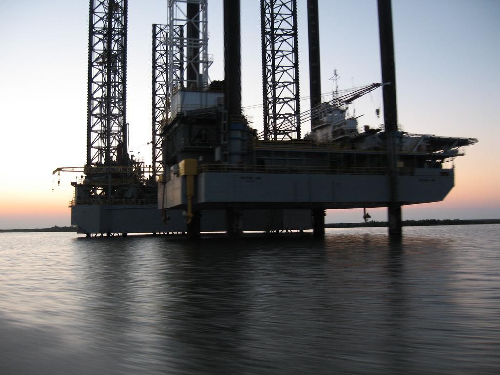 Oil rig energy