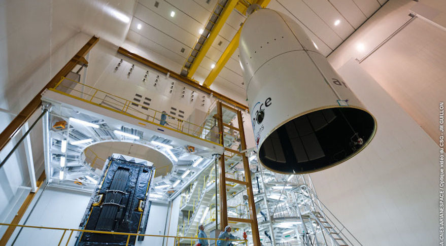encapsulation Alphasat ESA