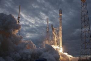 Thaicom 6 Falcon 9 SpaceX