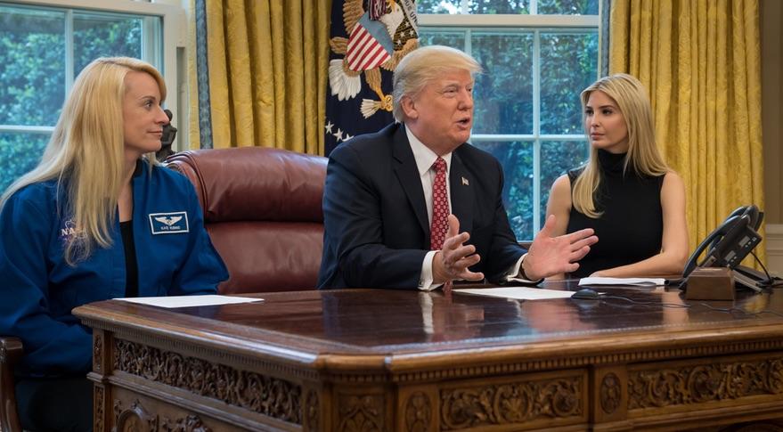 Trump Oval Office