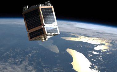 SSTL Telesat LEO satellite graphic