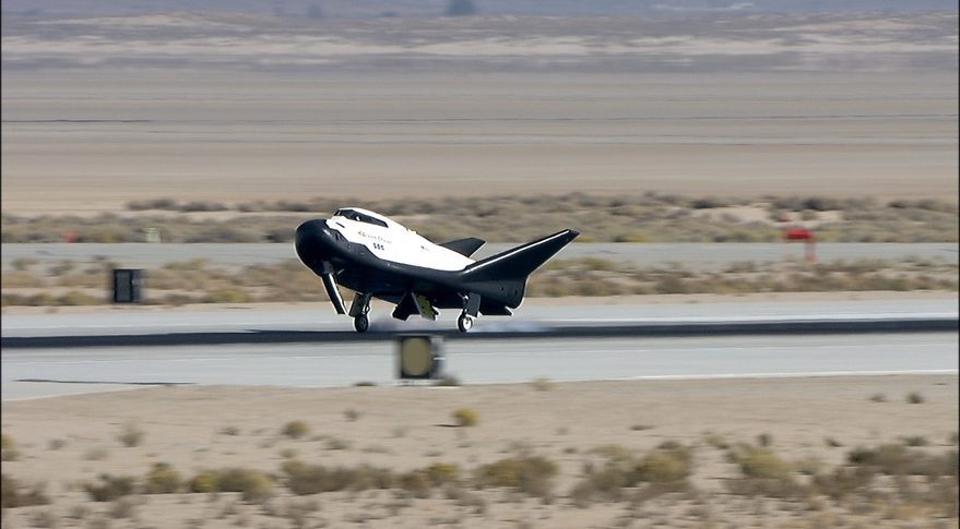 Dream Chaser completes successful glide test