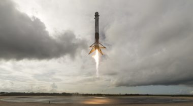 Falcon 9 CRS-11 landing