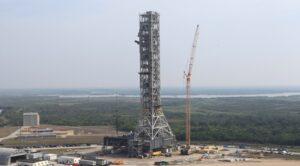 nasa seeking proposals for second mobile launch platform