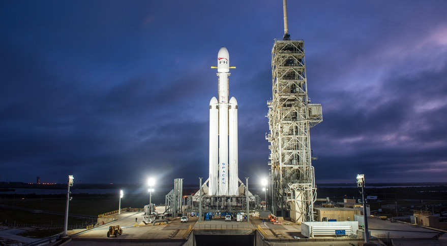 SpaceX shows off its Falcon Heavy rocket vertical on the launchpad