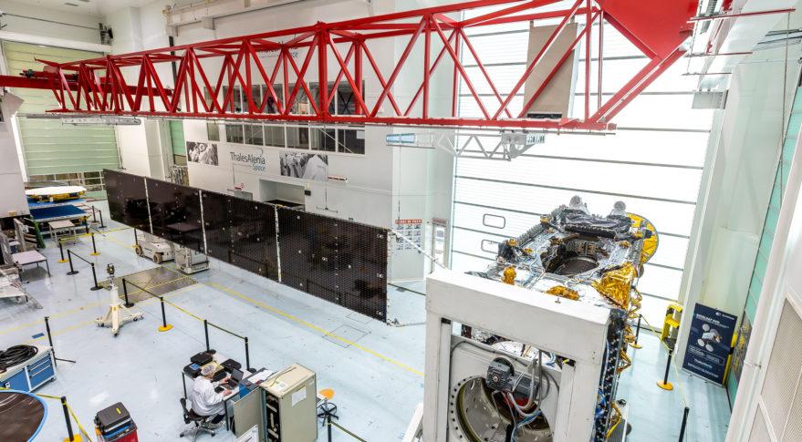Eutelsat 8 West B