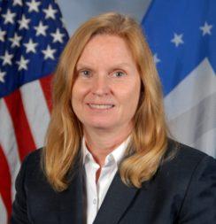 Claire Leon